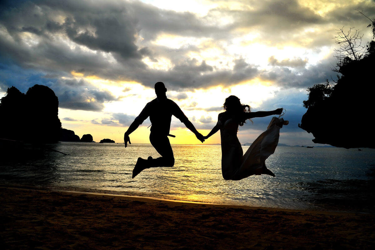 Pre-Wedding Photoshoot Railay Bay Package Simple