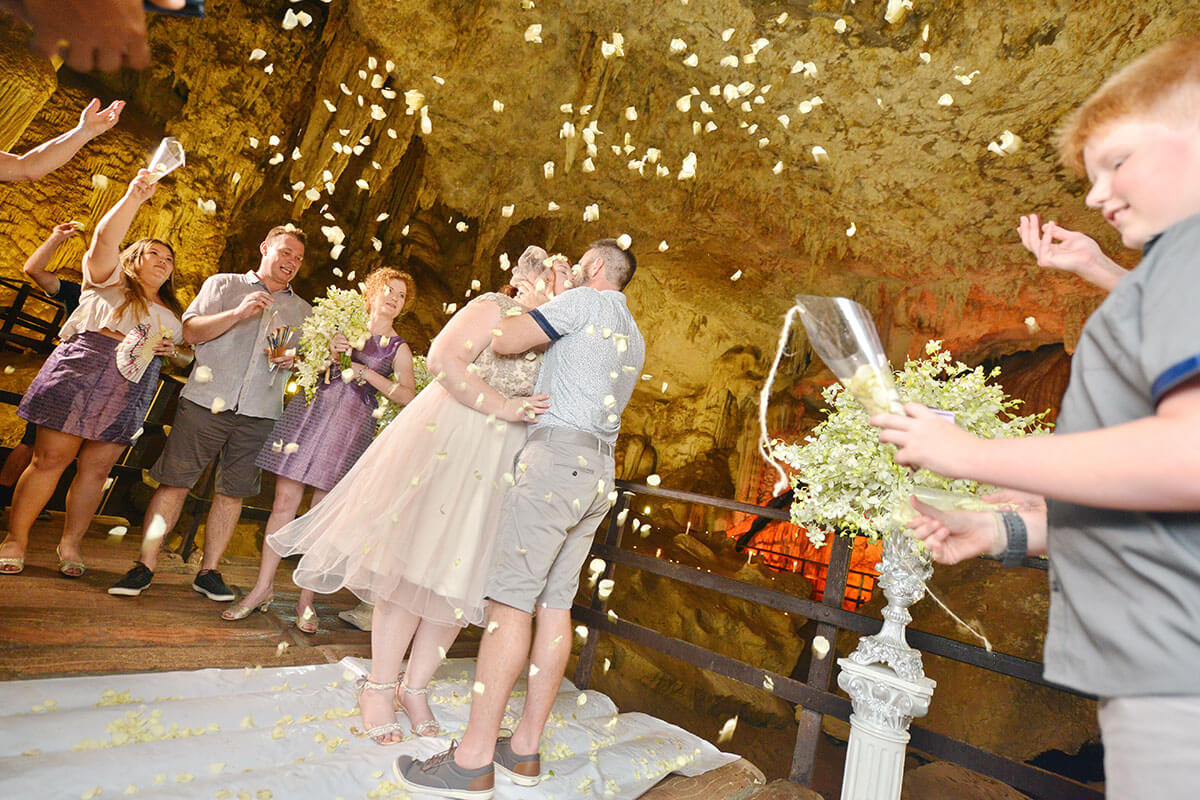 Promotion Diamond Cave Secular Marriage
