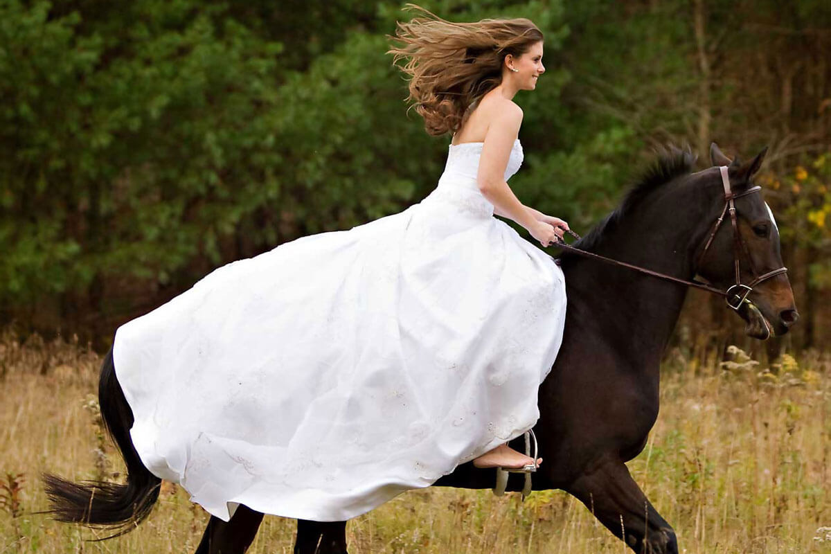 Promotion Phuket Horse Riding Wedding Package