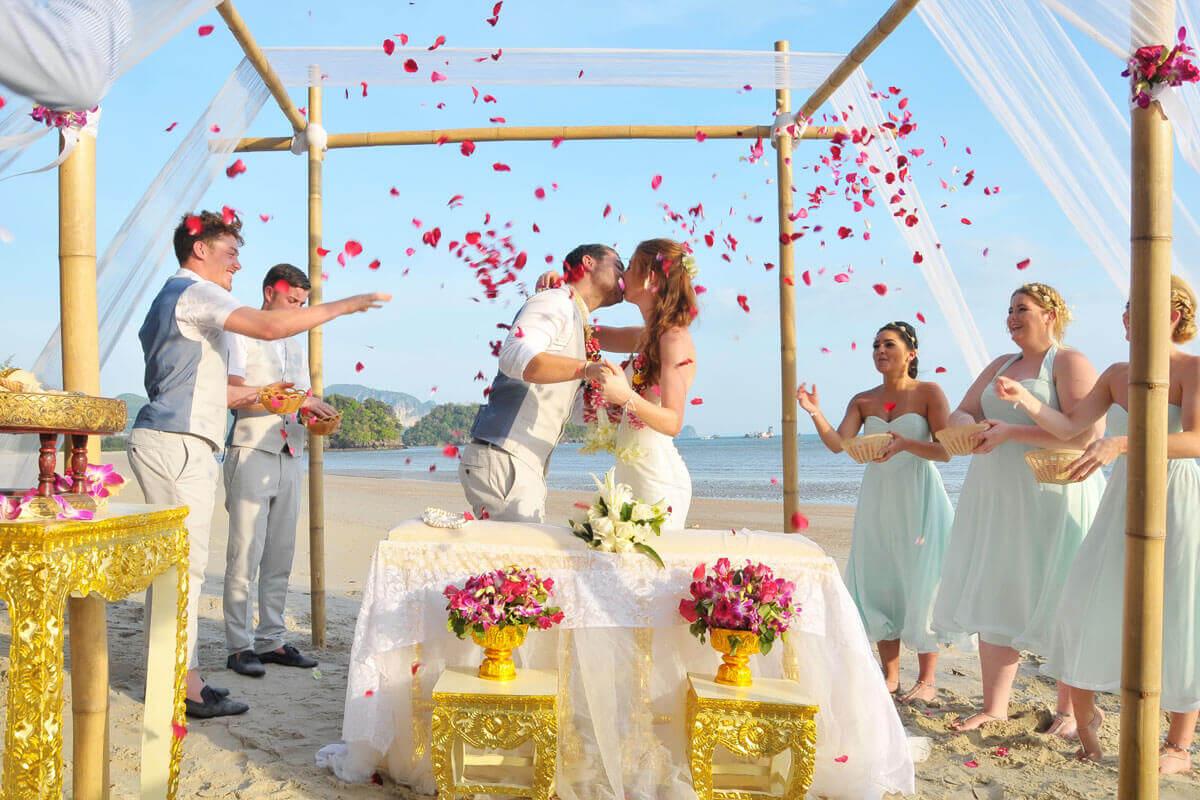 Thai Wedding Ceremony Standard Package