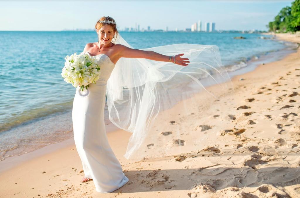 芭達雅(Pattaya) 沙灘婚禮