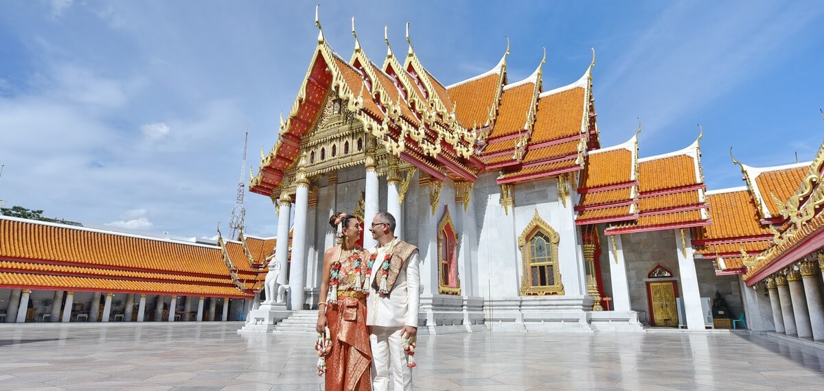 Bangkok-Temple-Buddhist-Blessing-Package-Stephanie-Stephane-25