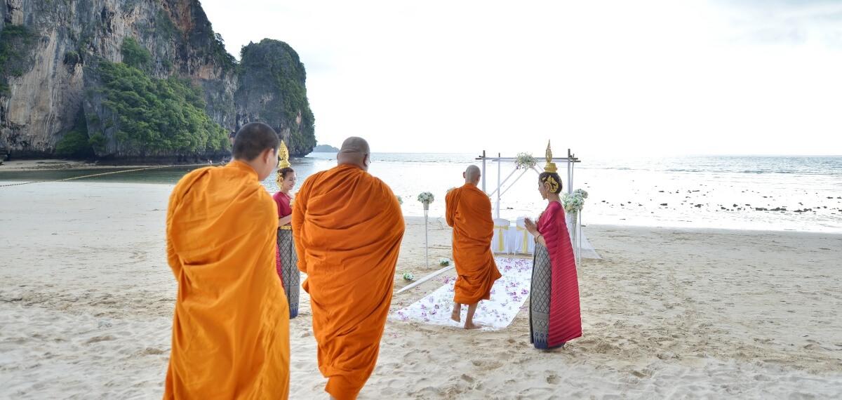僧侶證婚+西式婚禮